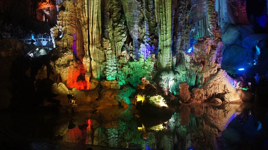 世界岩溶艺术宝库:银子岩 - 余昌国 - 我的博客