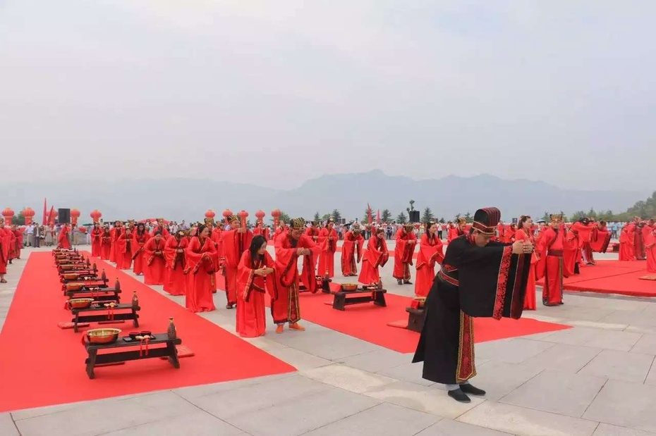 相约七夕   世界第一大佛见证婚礼和爱情 - 余昌国 - 我的博客