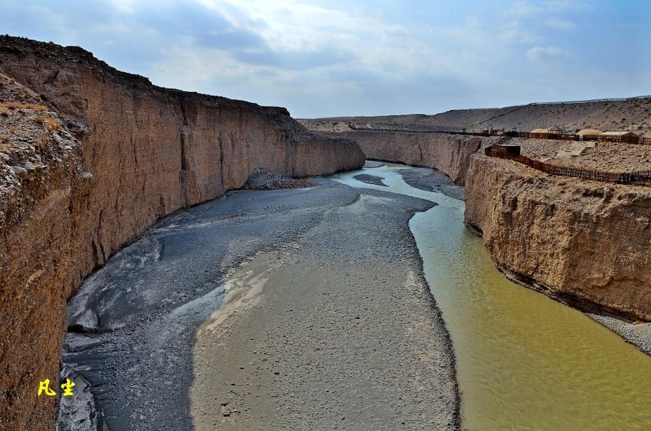 讨赖河峡谷形成的天然屏障 - H哥 - H哥的博客
