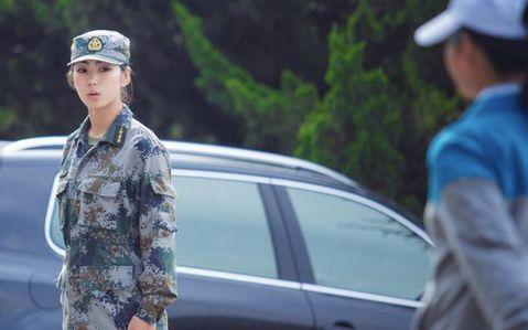 中国的美女军官们 上海天锦机械有限公司的空间