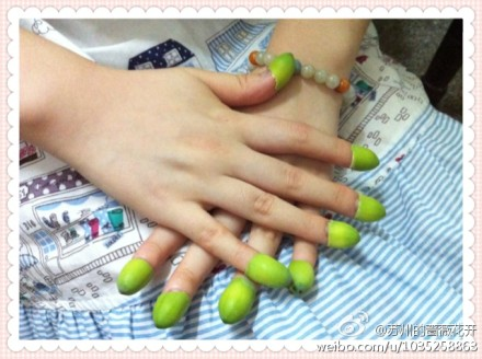 绿指甲 - 蔷薇花开 - 蔷薇花开的博客