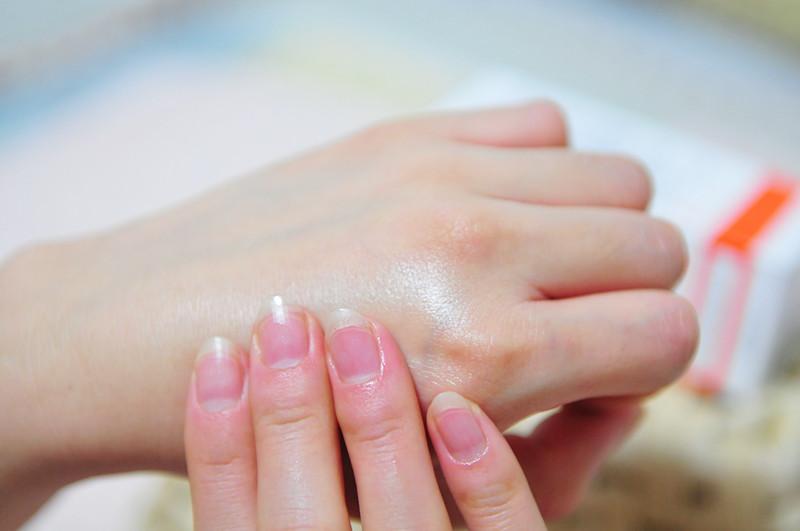 创新使用护肤油,小小身体大大作用