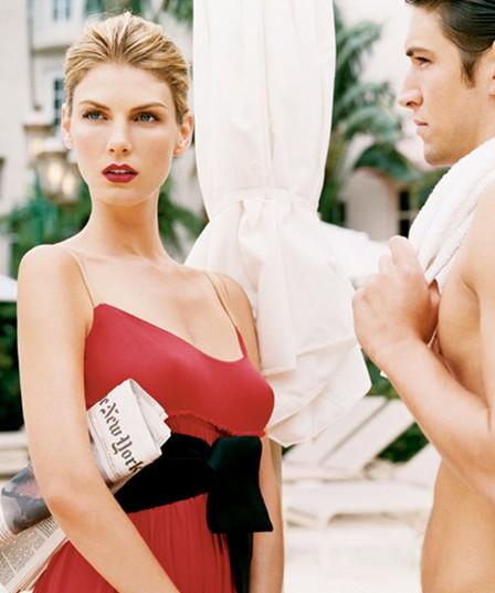 约会必备8招变身性感女神 - VOGUE时尚网 - VOGUE时尚网