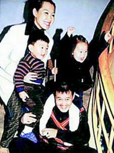 赵本山漂亮老婆女儿罕见美艳照(图) - 中国娃娃 - 在路上,只为温暖我的人