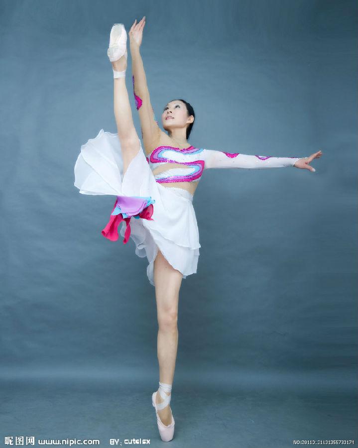 芭蕾女生最重要的是要美丽好看