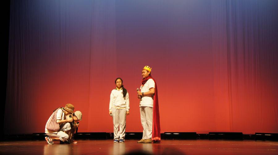 陪女儿过最后一个儿童节 - 余昌国 - 我的博客