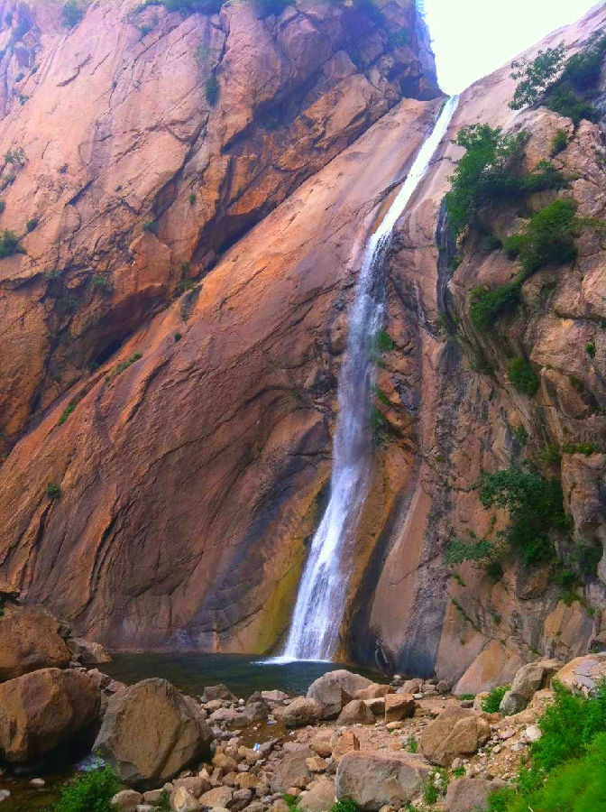 晒一下   花果山位于秦皇岛祖山风景名胜区西麓的青龙满族自治县隔