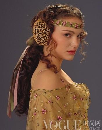 她与时尚共传奇 品味荧幕经典造型 - VOGUE时尚网 - VOGUE时尚网
