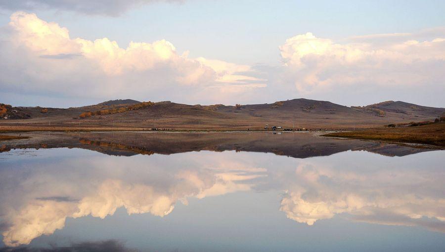 色彩迷幻眩目的乌兰布统大草原 - 余昌国 - 我的博客