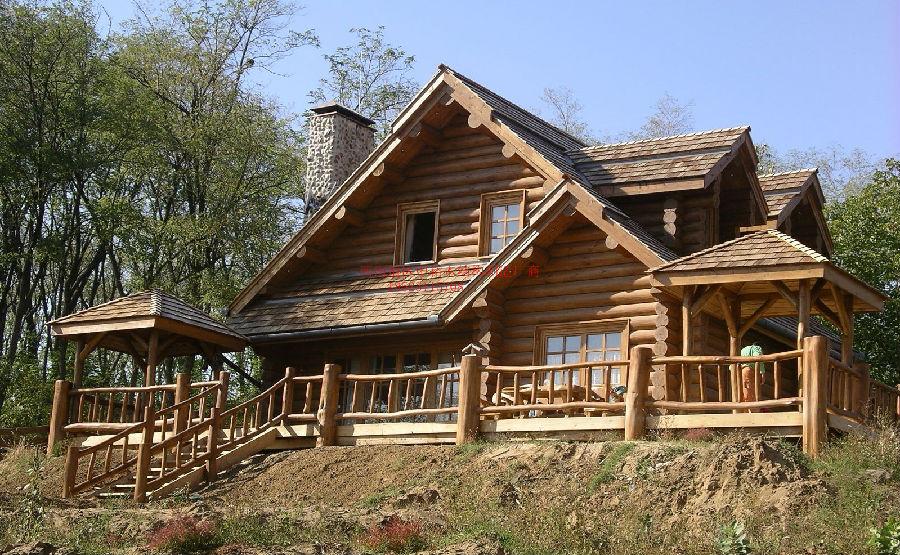 重庆木别墅木房子木酒吧露天木结构房屋传统制作