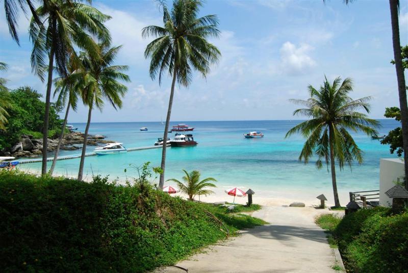 2013必去泰国普吉岛旅游,感受海天一色美景,清爽畅快整个夏天!