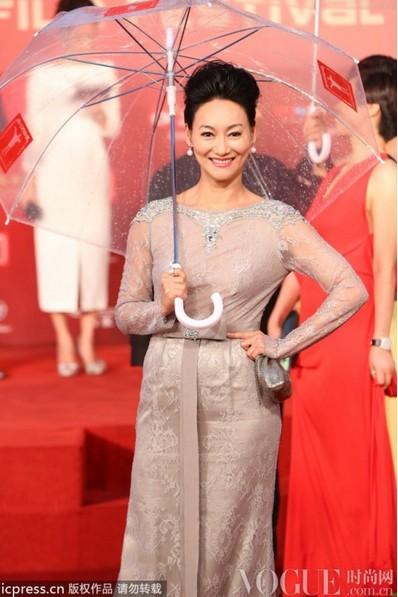 明星齐聚上海电影节闭幕 - VOGUE时尚网 - VOGUE时尚网