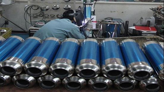 排气产品出产时的性能,并在   名义设立了专门的摩托车改装店高清图片