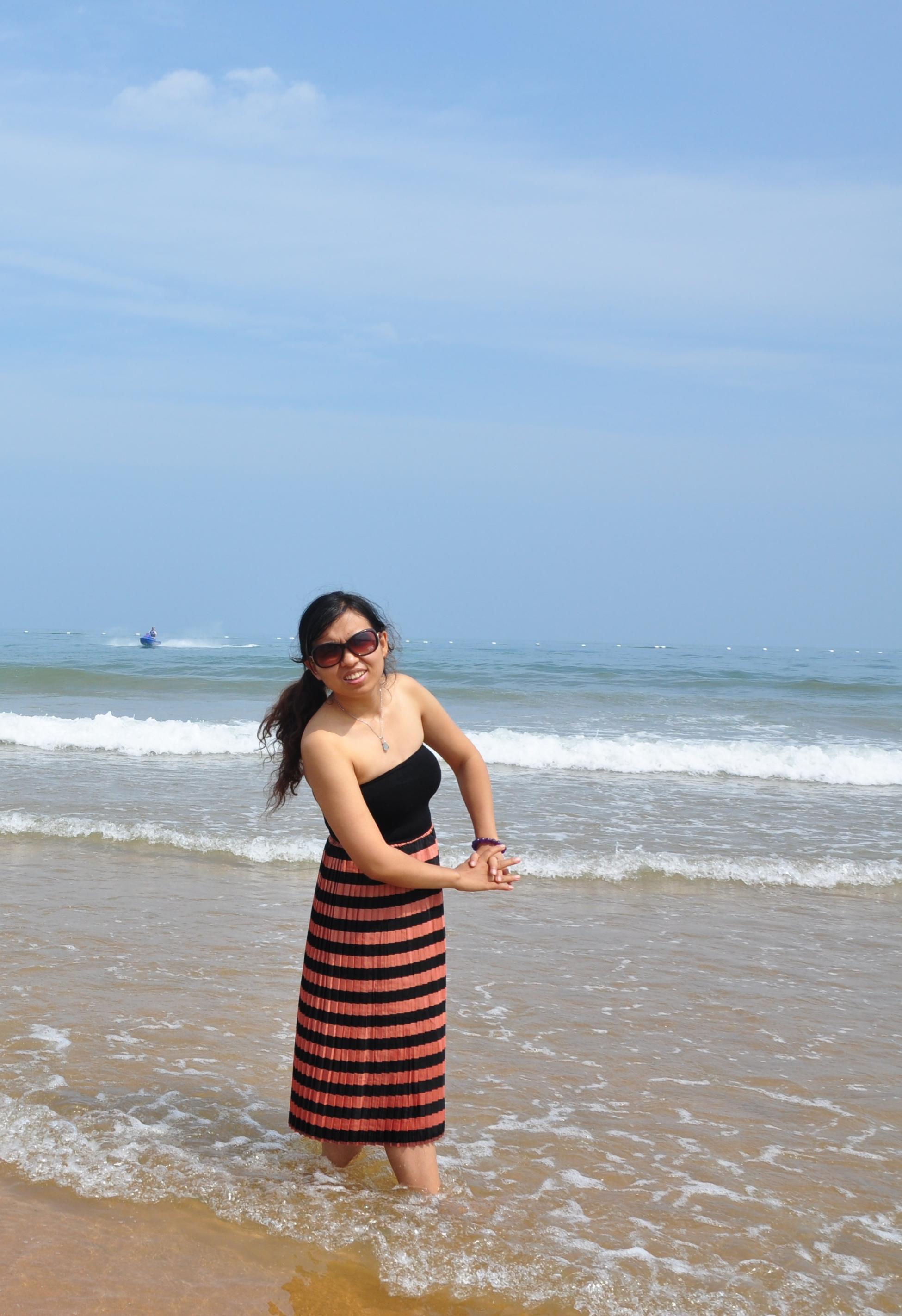 碧海蓝天金沙滩