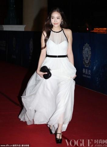 成龙艾薇儿众星云集华鼎红毯 - VOGUE时尚网 - VOGUE时尚网