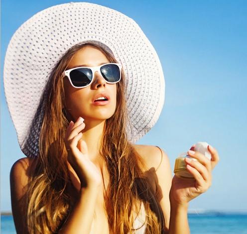 破解卸妆油的5大谣言 - VOGUE时尚网 - VOGUE时尚网
