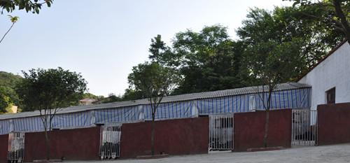 农村院子彩钢瓦房顶结构图
