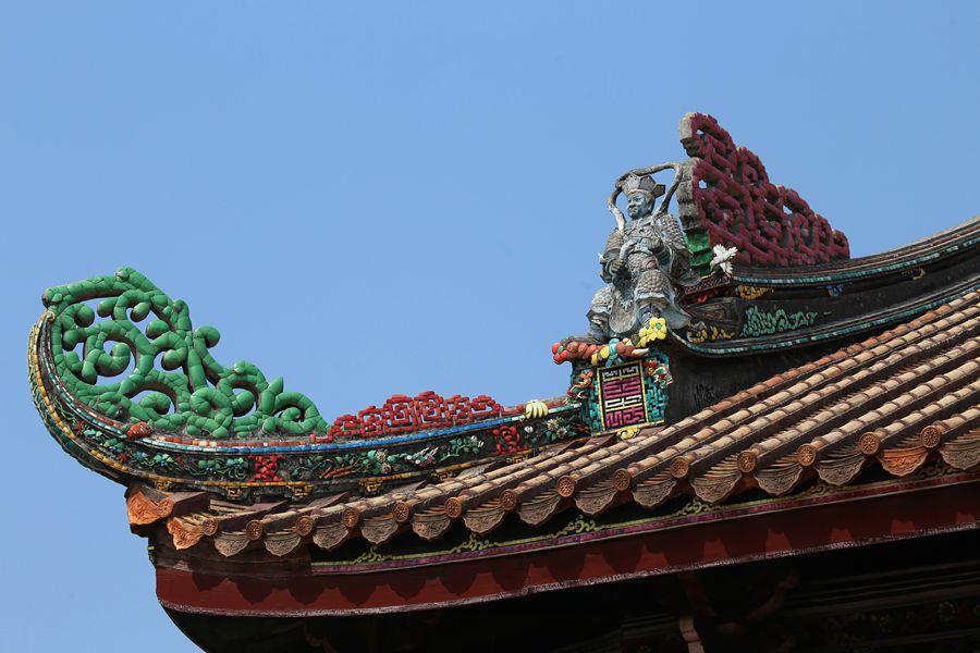 嵌瓷工艺是潮汕建筑艺人的