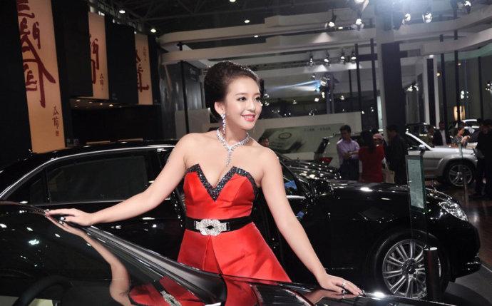 超级车模曹阳妇女节献礼(组图) - 遇果林 - 遇果林-原生态博客