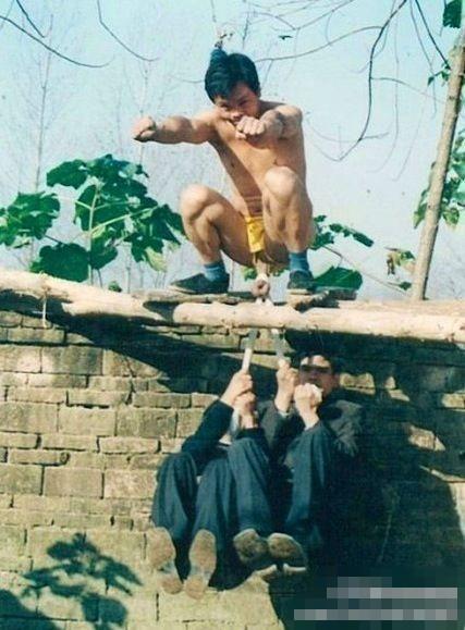 """从小习武的王宝强练过""""扯蛋神功""""(组图)? - 遇果林 - 遇果林-原生态博客"""