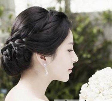 漂亮的韩式婚纱照发型 打造浪漫完美新娘