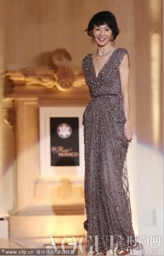 封面女郎张曼玉 精彩着装回顾 - VOGUE时尚网 - VOGUE时尚网