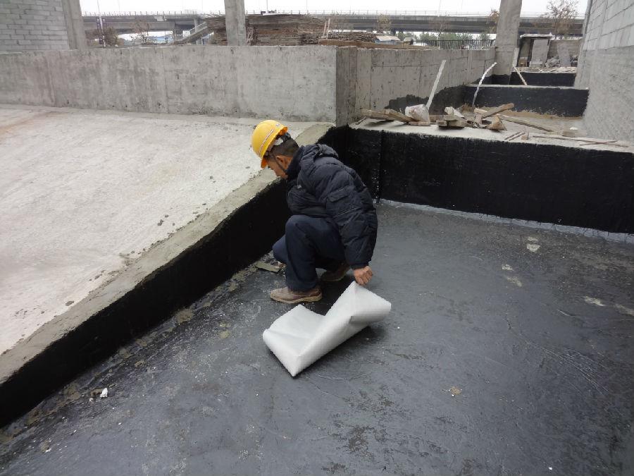 电路施工使用的线管建议采用pvc阻燃管,管卡,接线盒等配件也应该重视