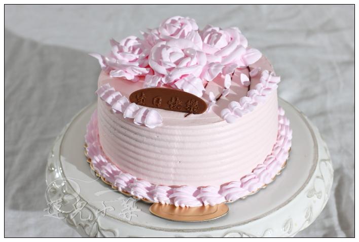 奶油霜裱花蛋糕_练习装饰裱花蛋糕——奶油霜转印详细过程-分享美食 分享快乐 ...