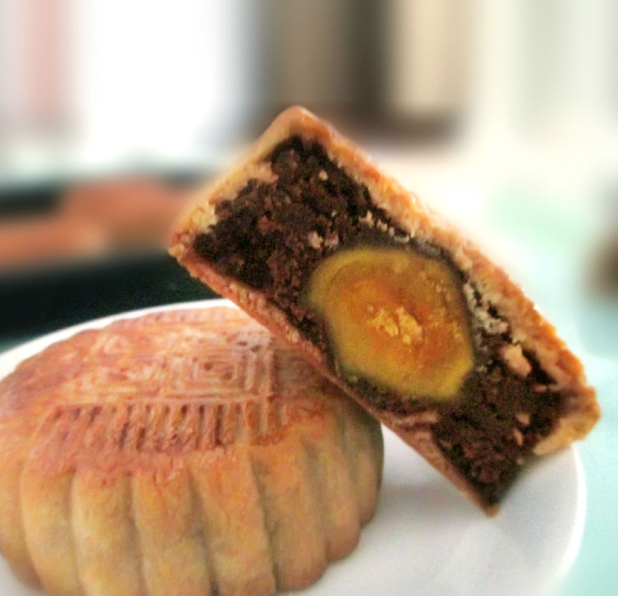 广式蛋黄豆沙月饼(含红豆沙馅制作方法)
