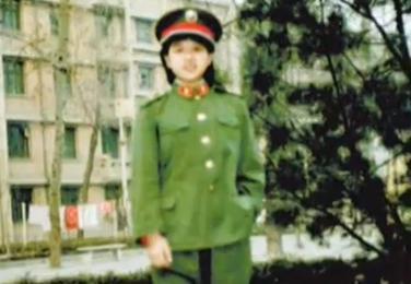 韩红瘦削少女照曝光清秀似董文华?(图) - 中国娃娃 - 在路上,只为温暖我的人