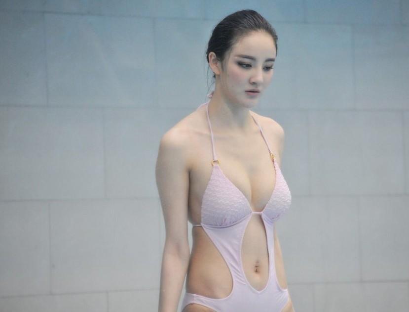 女神刘雨欣极品肚脐眼被吐槽(组图) - 遇果林 - 遇果林-原生态博客