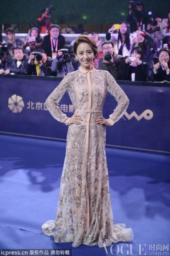 北京电影节蓝毯:基努里维斯林志玲刘德华齐聚 - VOGUE时尚网 - VOGUE时尚网