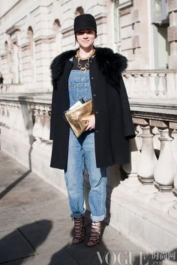 明星演绎90年代工装裤新潮流 - VOGUE时尚网 - VOGUE时尚网