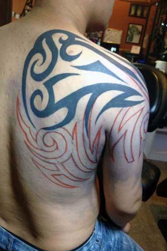 中山纹身-【遮盖旧图,个性图腾纹身】