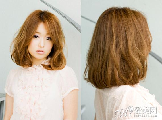发型点评:可爱的梨花头搭配气质甜美