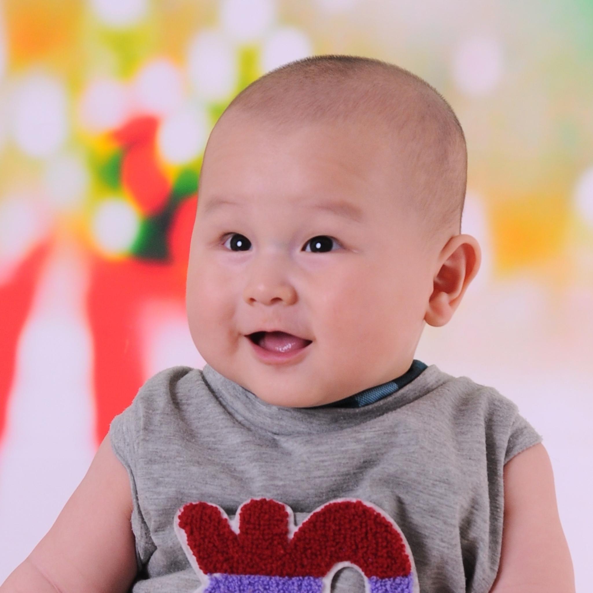 如何给宝宝剪头发——唐山孕妇照