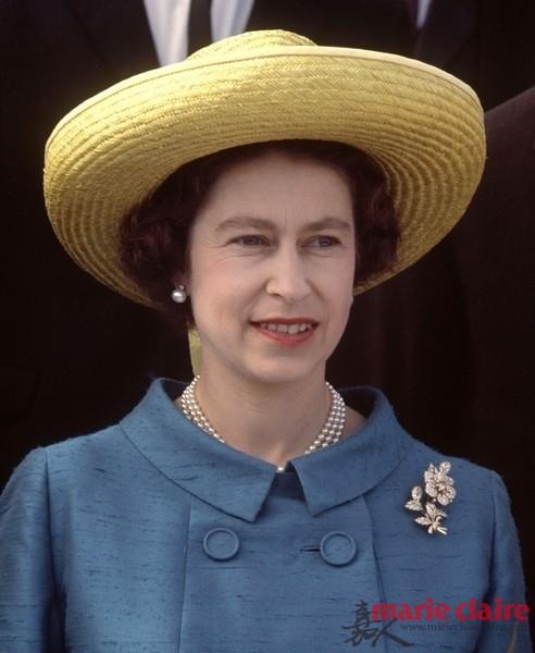英国王室三代icon 解读王妃女王珠宝搭配经