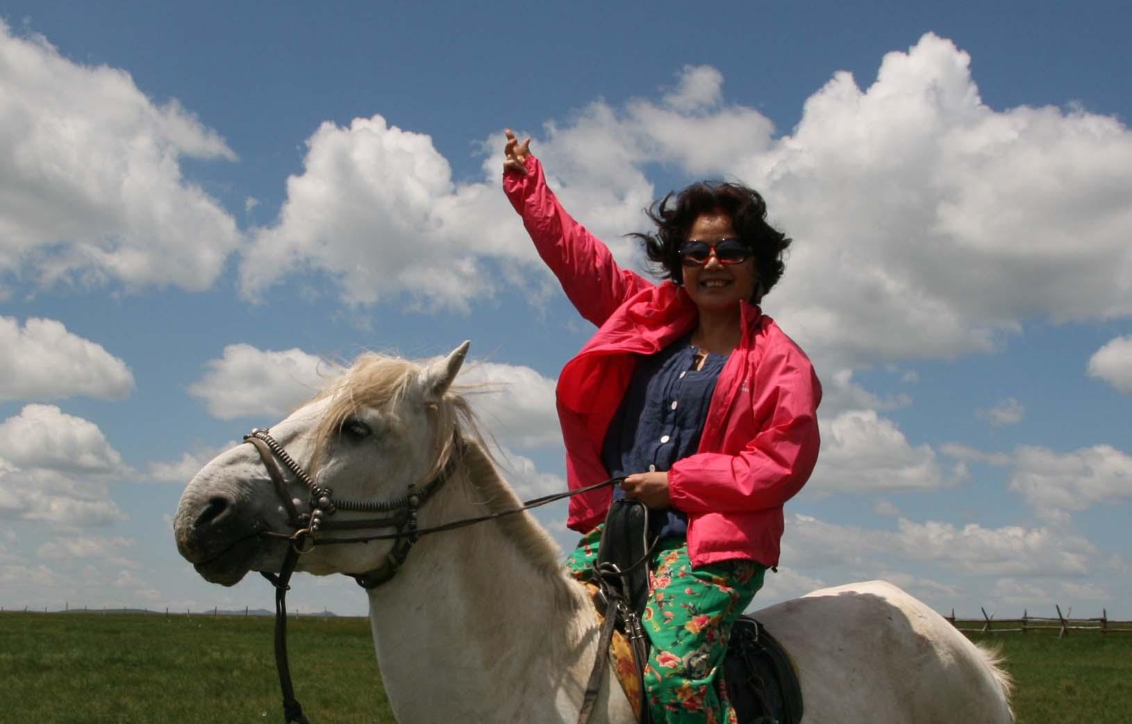 蒙古女孩发型_儿童发型女孩短发_女孩发型绑扎方法 ...