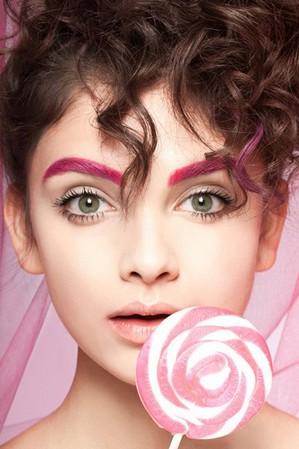 和闺蜜一起分享的那些美容事 - VOGUE时尚网 - VOGUE时尚网