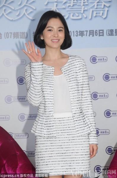 尹恩惠宋慧乔最佳着装盘点 - VOGUE时尚网 - VOGUE时尚网