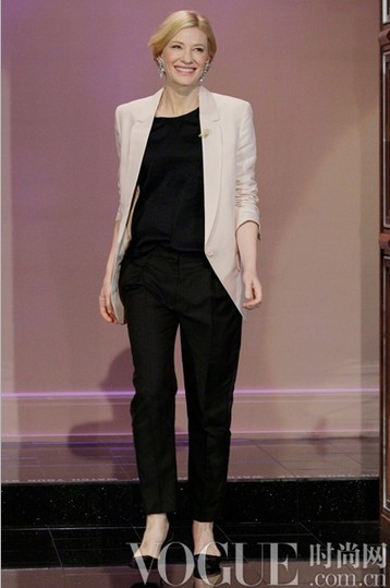 跟高贵女王Cate学穿衣 - VOGUE时尚网 - VOGUE时尚网