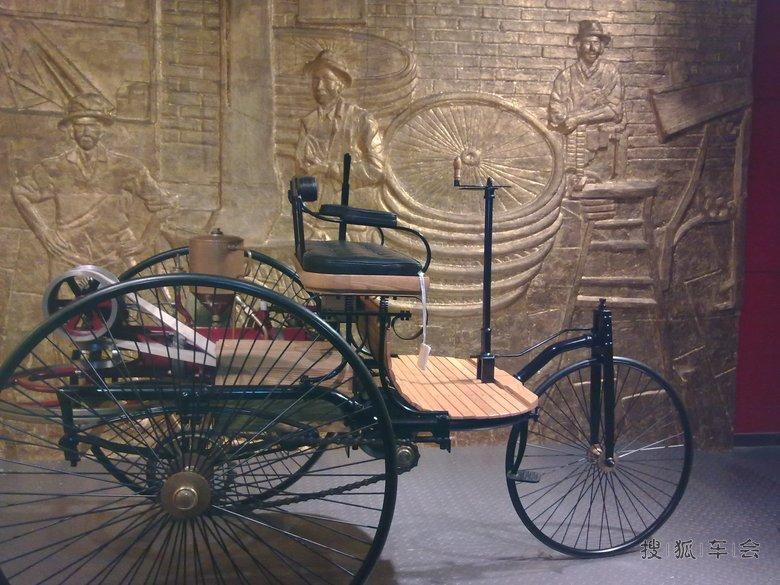 标志着世界上第一辆汽车诞生