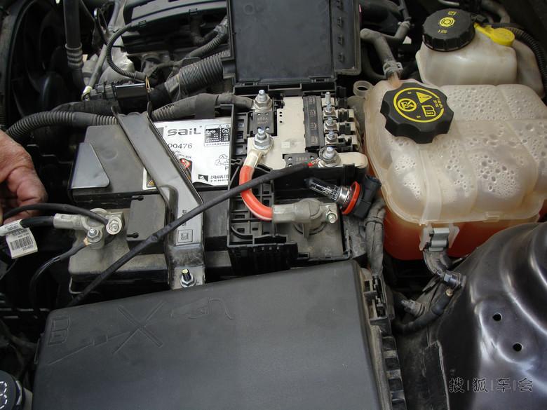 摩托车电瓶正负极接线图解法