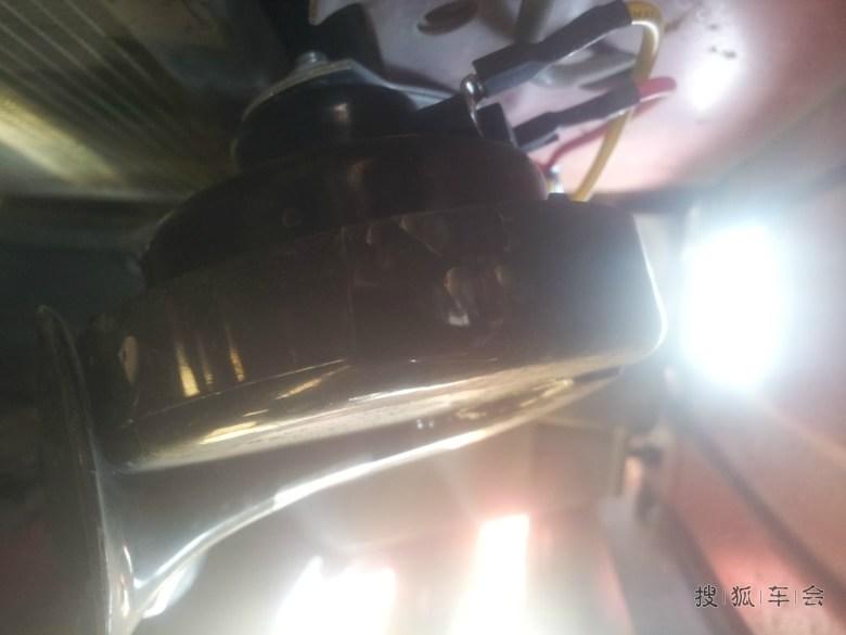 雪铁龙万能的tu5jp4 ,凌乱的机舱,加了平衡杆,(鬼知道有没有作高清图片