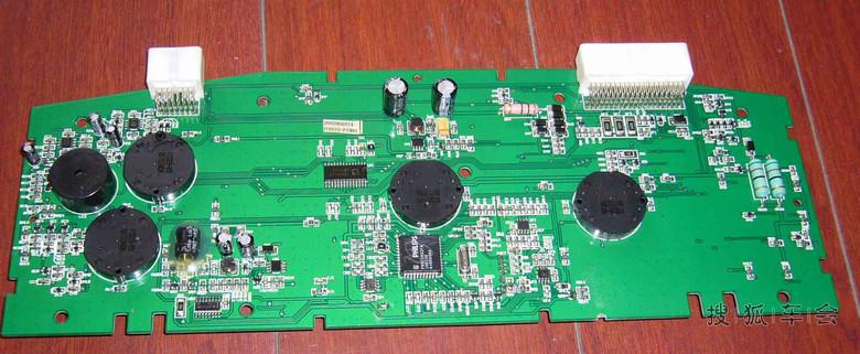 比亚迪f3仪表电路板接线图