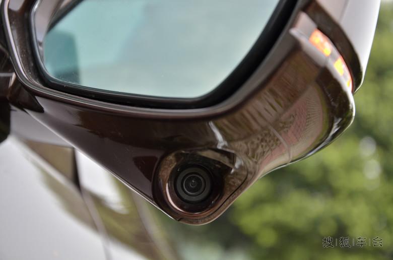 九代雅阁2.4豪华版琥玻金EX购入一个月感受大学生自主测评US图片