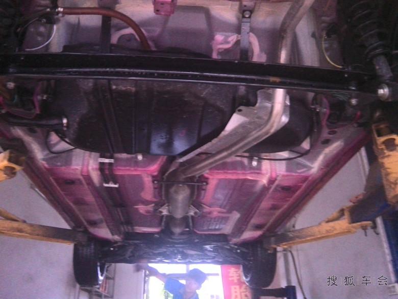 红花提车作业,折腾了倒车雷达,报警器,底盘装甲,贴膜